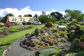 Kaydale Lodge Gardens - Great Ocean Road Tourism