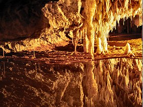 Marakoopa Cave - Great Ocean Road Tourism