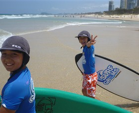 Broadbeach Surf School - Great Ocean Road Tourism