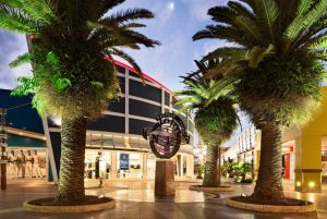 Harbour Town Outlet Shopping Centre - Great Ocean Road Tourism