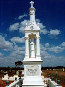 Charters Towers Cemetery - Great Ocean Road Tourism