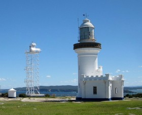 Point Perpendicular Lighthouse and Lookout - Great Ocean Road Tourism
