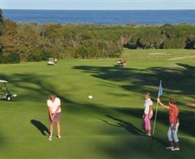 Tura Beach Country Club - Great Ocean Road Tourism