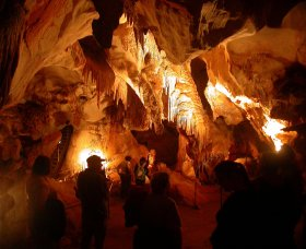 Careys Cave - Great Ocean Road Tourism