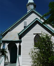 Saint Peter's Anglican Church - Great Ocean Road Tourism