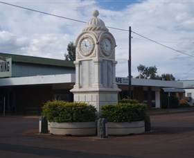 Barcaldine War Memorial Clock - Great Ocean Road Tourism