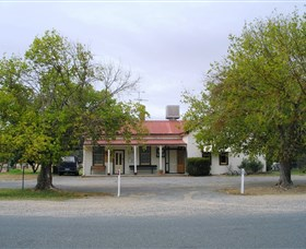 Round Hill Hotel - Great Ocean Road Tourism