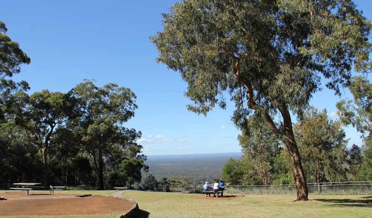 Hawkesbury lookout - Great Ocean Road Tourism