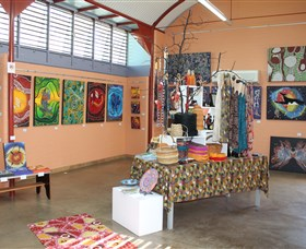 Dunghutti Ngaku Aboriginal Art Gallery - Great Ocean Road Tourism