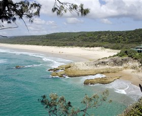 Main Beach North Stradbroke Island - Great Ocean Road Tourism