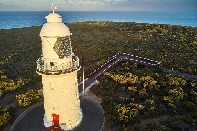 Cape Naturaliste Lighthouse Fully-guided Tour