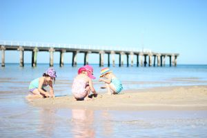 Frankston Beach - Great Ocean Road Tourism