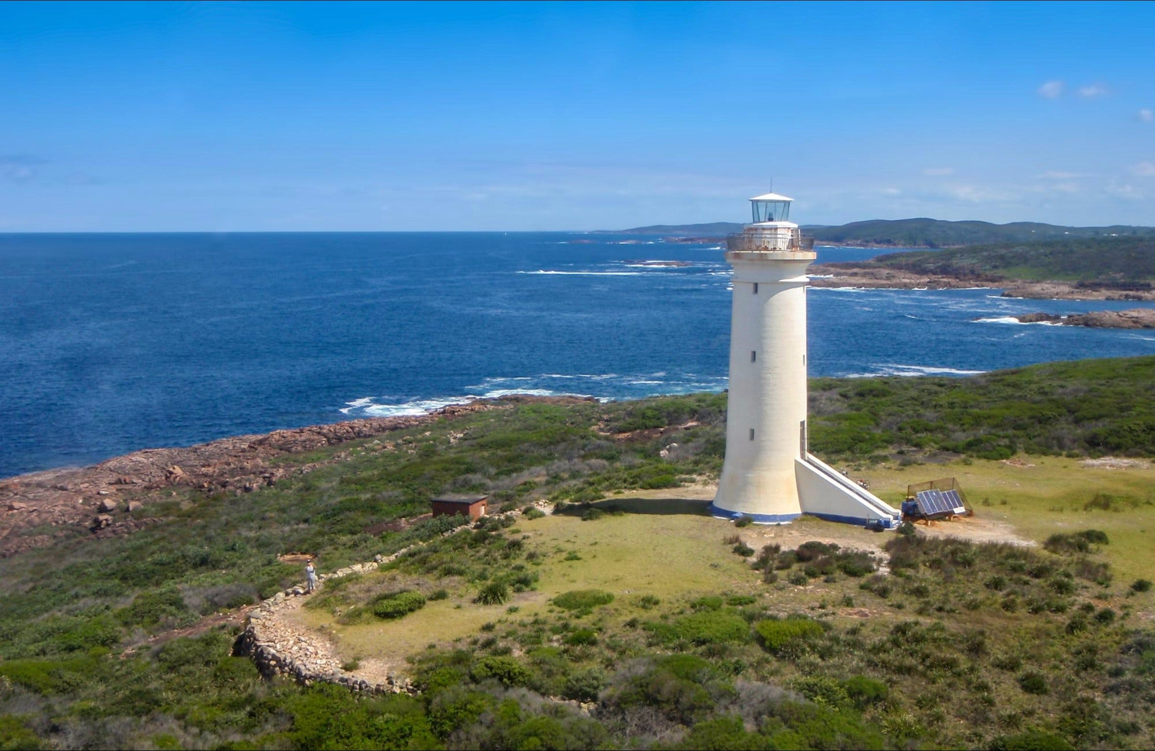 Point Stephens Lighthouse and Fingal Island - Great Ocean Road Tourism