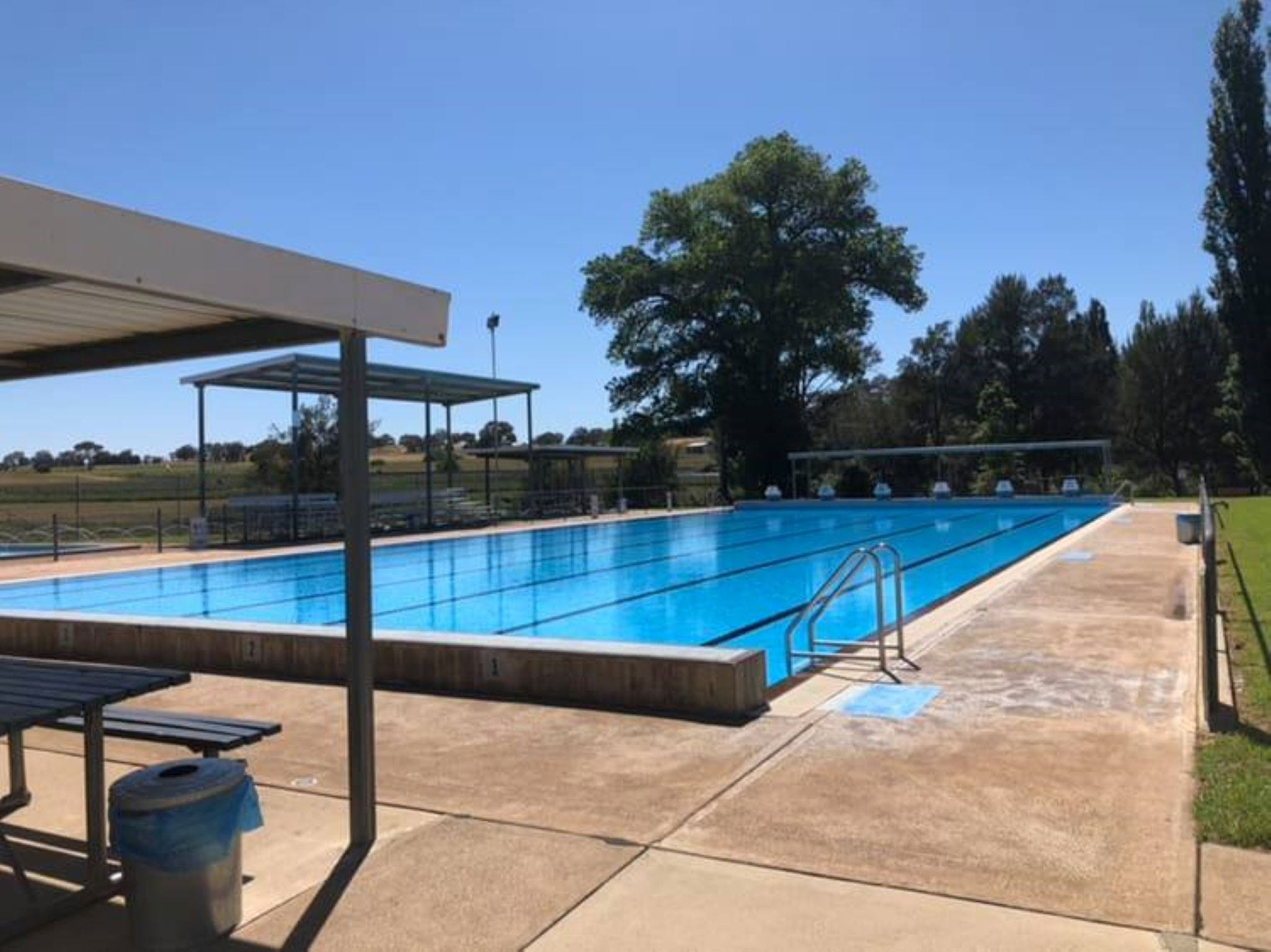 Molong Swimming Pool - Great Ocean Road Tourism