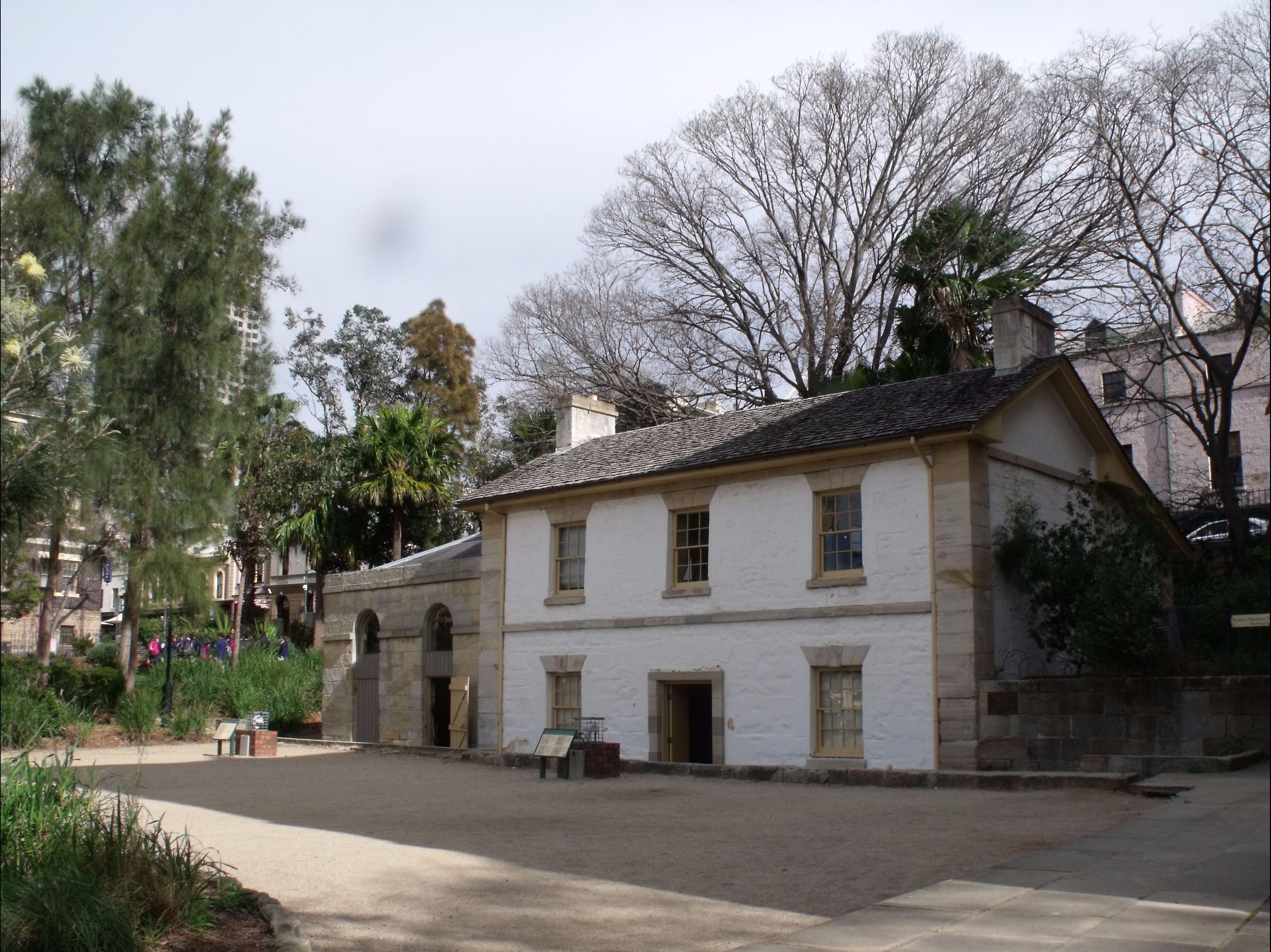 Cadmans Cottage - Great Ocean Road Tourism