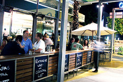 Luxe Resturant  Wine Bar - Great Ocean Road Tourism