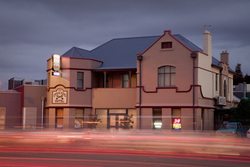 Cross Keys Hotel - Great Ocean Road Tourism