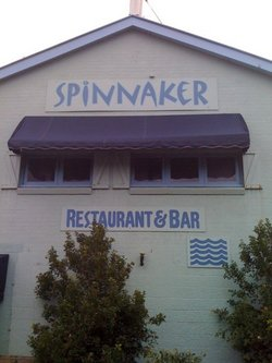 Spinnaker Restaurant and Bar - Great Ocean Road Tourism