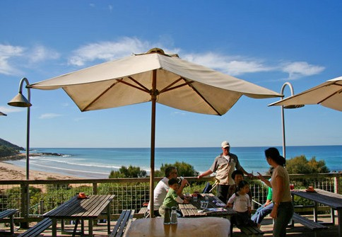 Wye Beach Hotel - Great Ocean Road Tourism