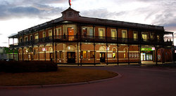 The Grand Terminus Hotel - Great Ocean Road Tourism