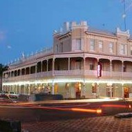 The Rose Hotel - Victoria Street Bar - Great Ocean Road Tourism