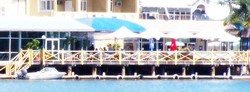 The Outrigger Bar - The Parade Hotel - Great Ocean Road Tourism