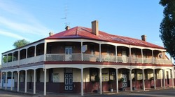 Brookton Club Hotel - Great Ocean Road Tourism