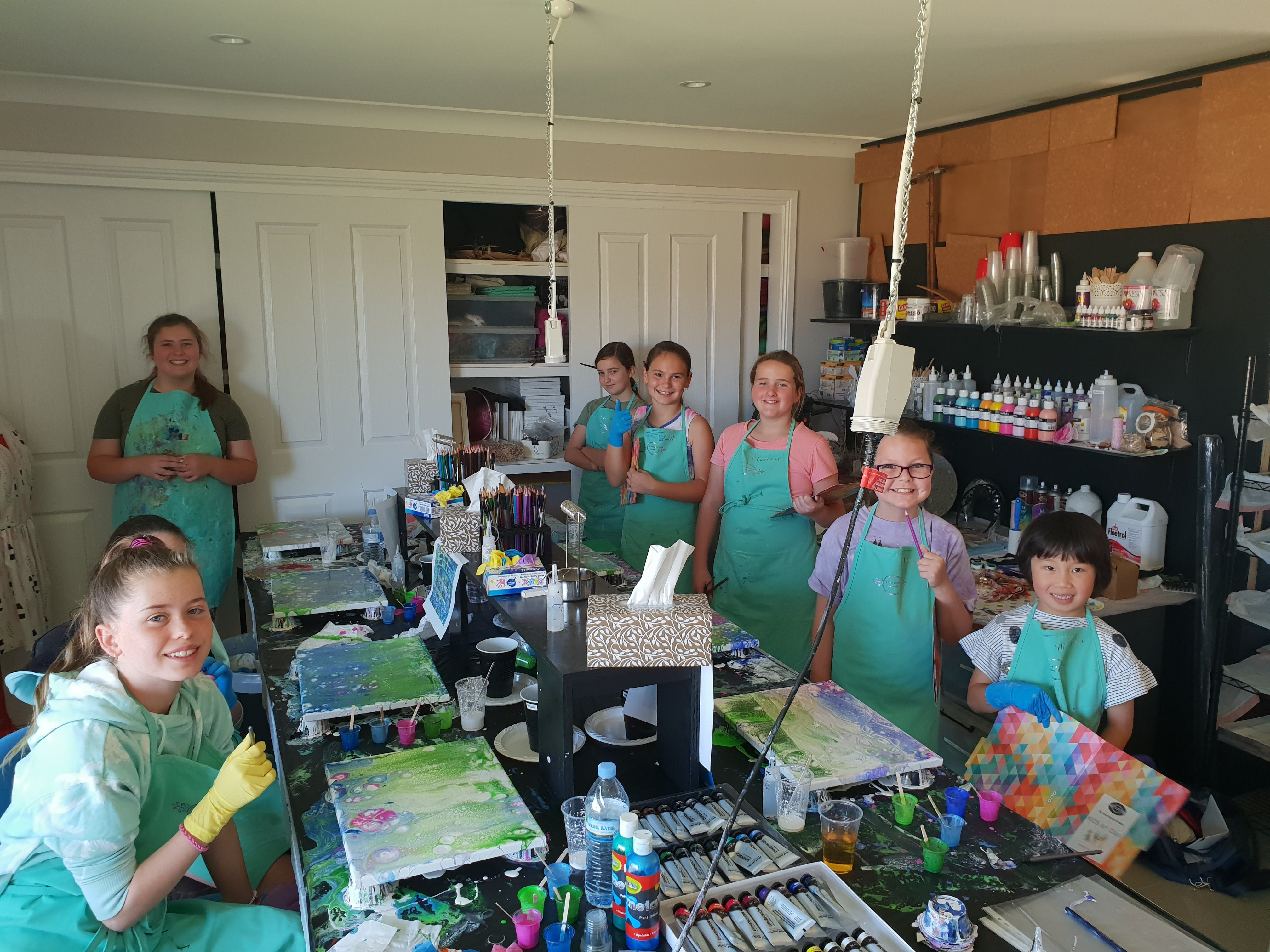 School holidays - Kids art class - Painting - Great Ocean Road Tourism