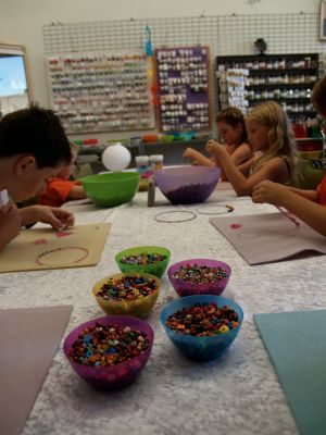 School Holiday One Hour Beading Workshops - Great Ocean Road Tourism