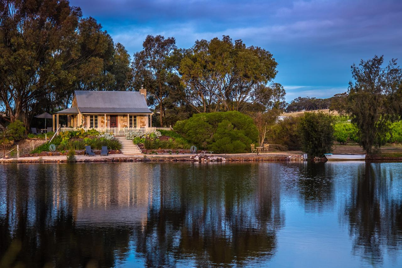 Stonewell Cottages and Vineyards - Great Ocean Road Tourism