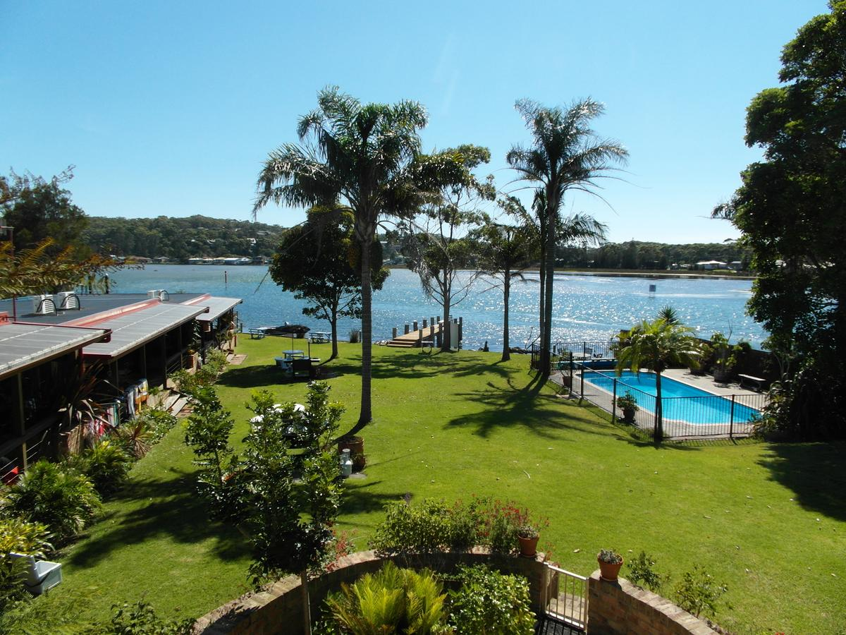 Lake Edge Apartments - Great Ocean Road Tourism