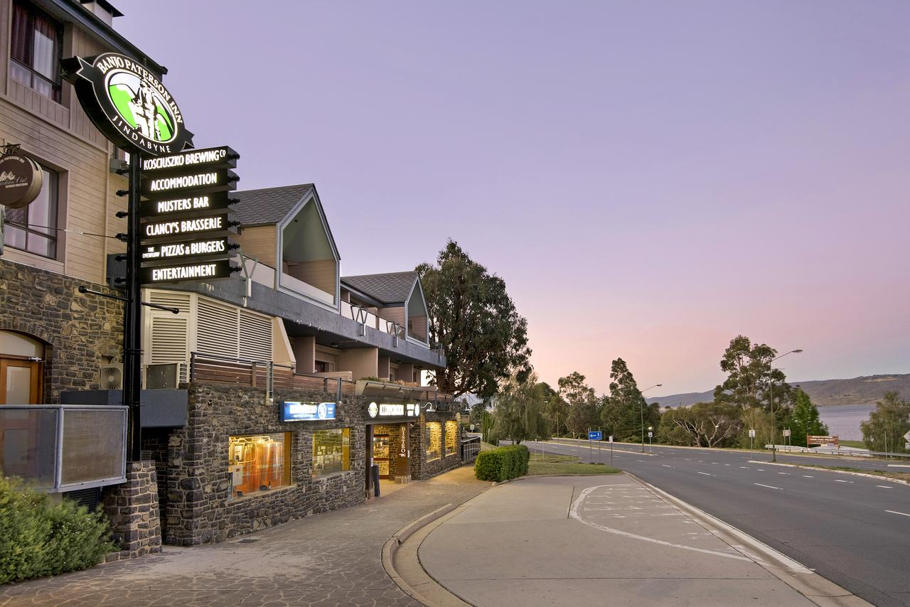 Banjo Paterson Inn - Great Ocean Road Tourism