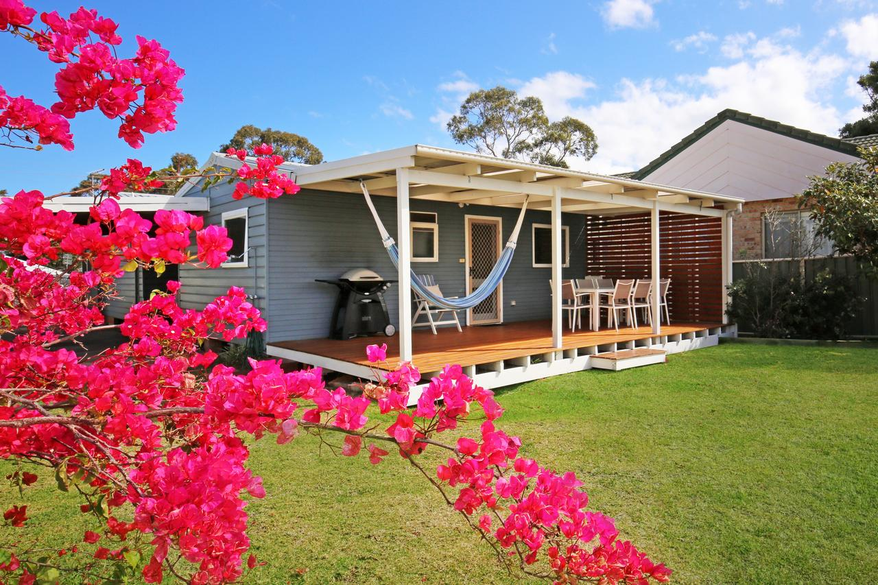 Hayes Beach House - Jervis Bay - Pet Friendly - Great Ocean Road Tourism