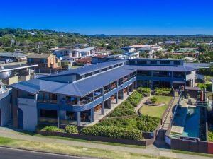 Lennox Holiday Apartments - Great Ocean Road Tourism