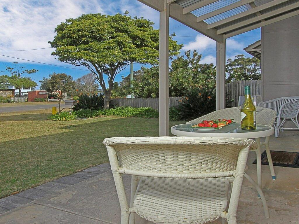 Callala Beach Cottage - charm and character - Great Ocean Road Tourism