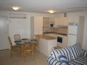 Como Apartments - Geraldton - Great Ocean Road Tourism