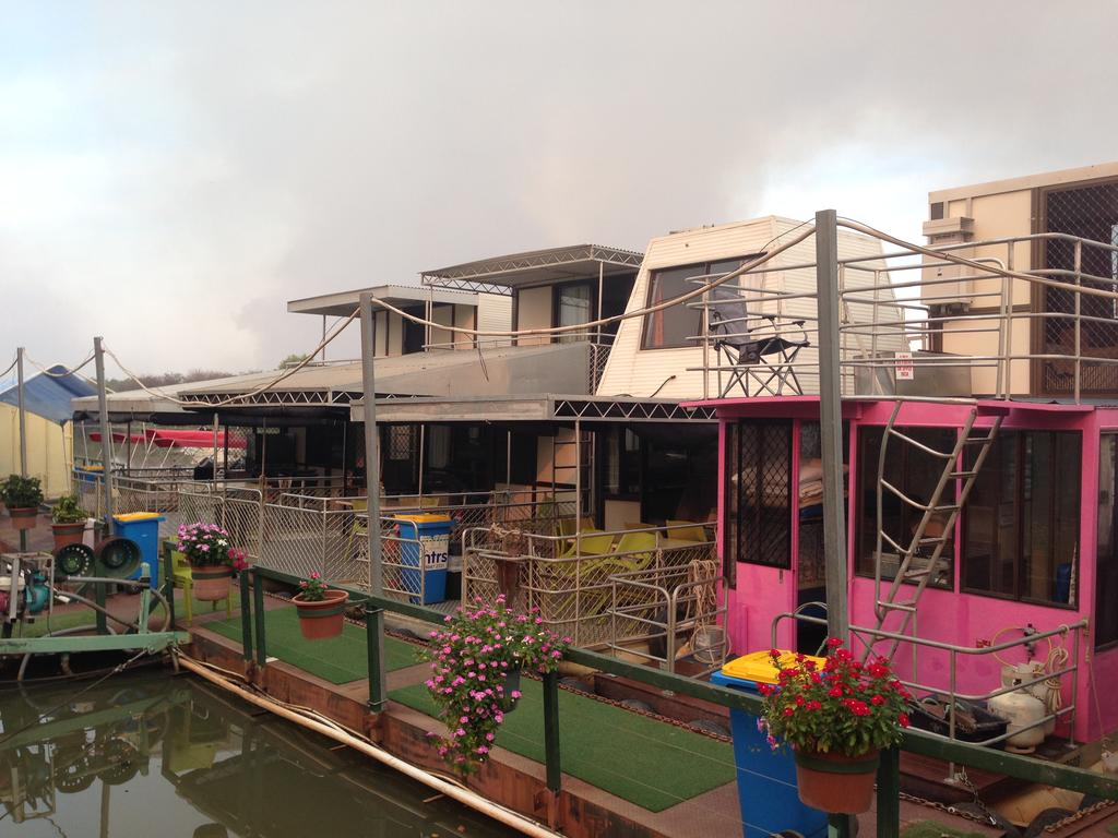 Corroboree Houseboats - Great Ocean Road Tourism