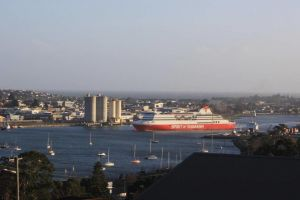 DevonPORT VIEWS - Great Ocean Road Tourism