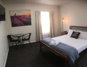 3ree- Spacious  Charming Apartment - Great Ocean Road Tourism