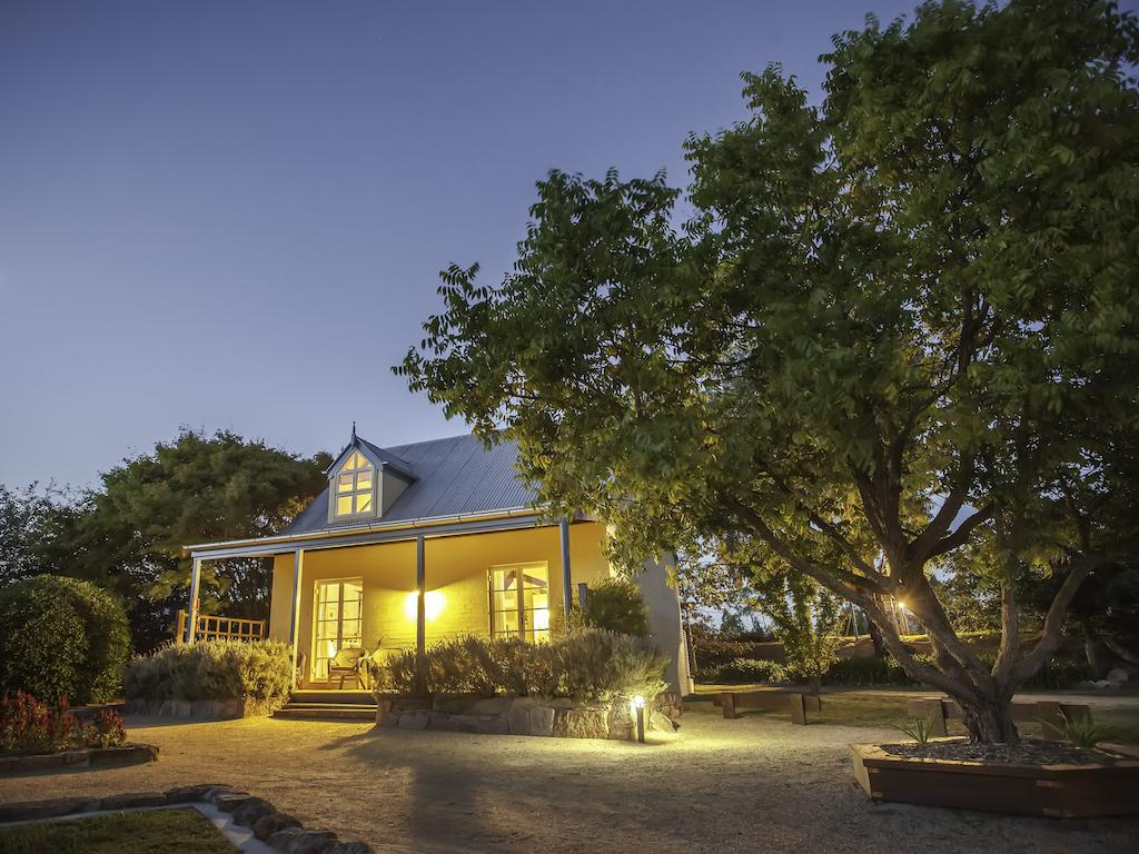 Vineyard Cottages - Great Ocean Road Tourism