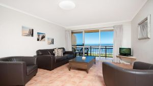 10T Beachfront Apartments - Great Ocean Road Tourism