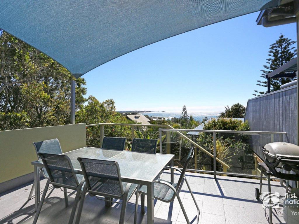 Angourie Blue 1 - Great Ocean Views - Surfing beaches - Great Ocean Road Tourism