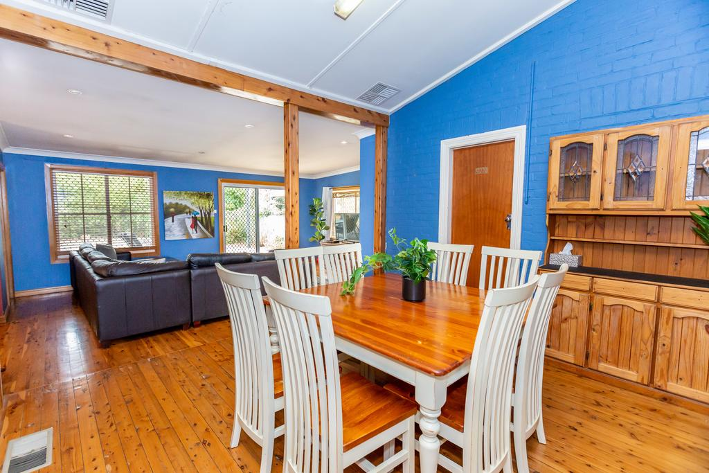 Best Central House - SLEEPS 11  - Great Ocean Road Tourism